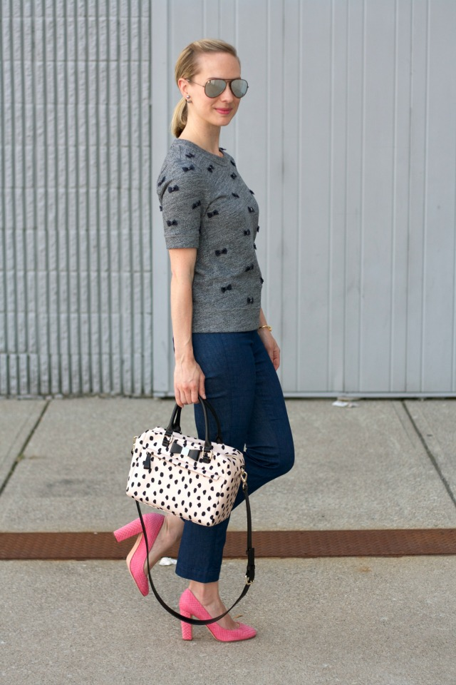 pink block heel pumps, kick crop pants, short sleeve sweatshirt, Kate Spade spotted bag, ThredUp review