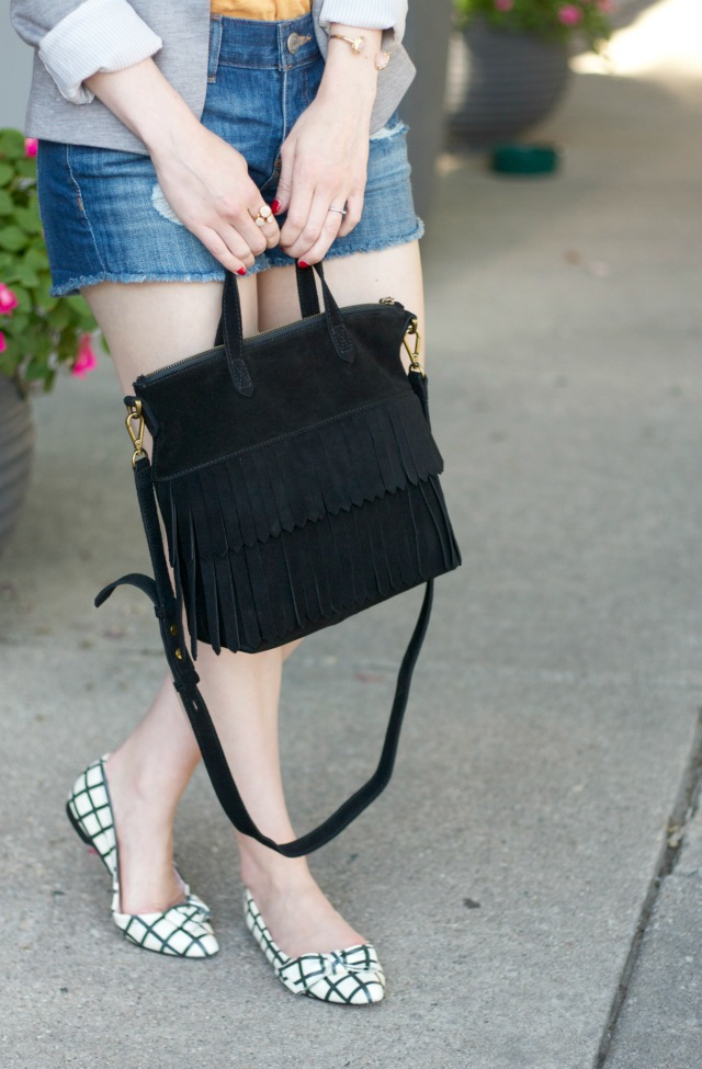 jean shorts, tee, blazer, bow flats, suede fringe transport tote