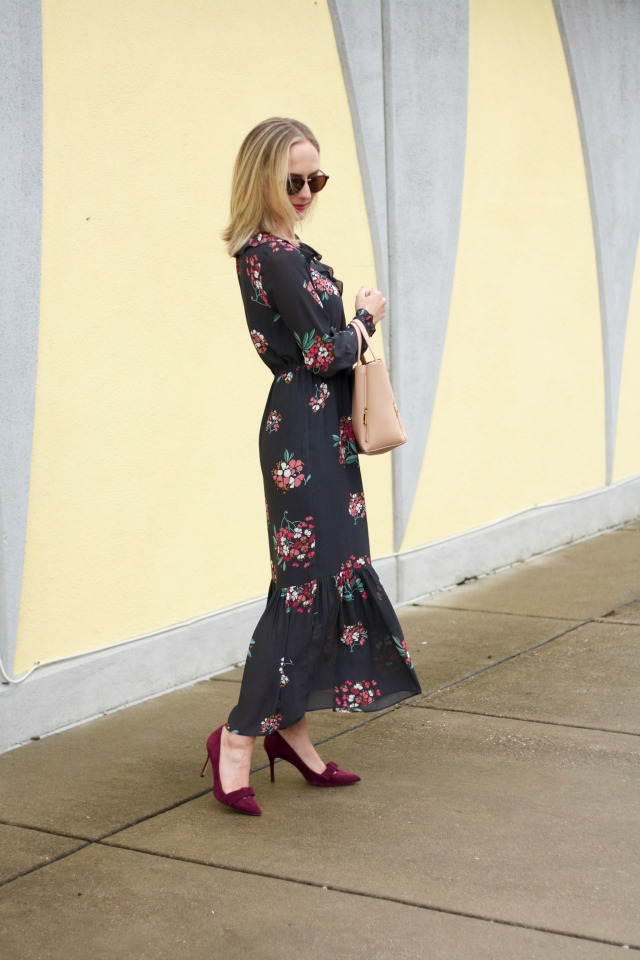 long sleeve flora maxi dress, maxi dress with heels, Ann Taylor suede bow pumps, maxi dress for the office